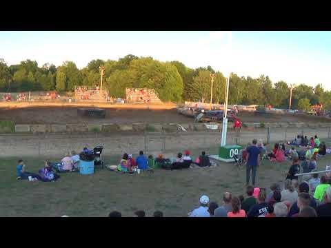 Farwell,Michigan 4th of July celebration 2018 USA figure eight (RWD cars)Second chance heat