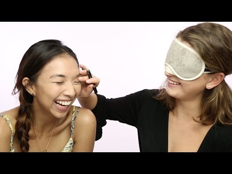 Blindfold Makeup Challenge with Taylor & Jane