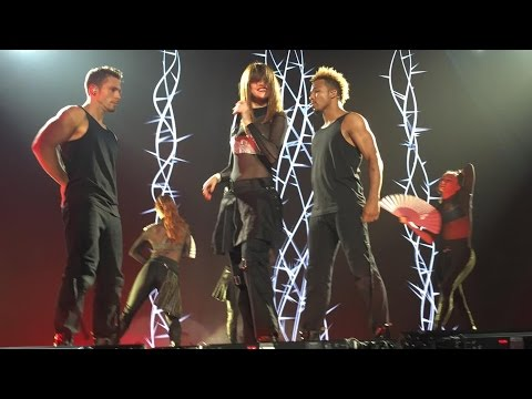 Selena Gomez - Me & My Girls [Revival Tour Singapore]