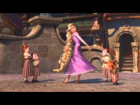 Enredados - Baile en el Reino [España] [HD]