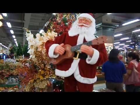 Dancing Santa Claus at Gaisano Country Mall Cebu City