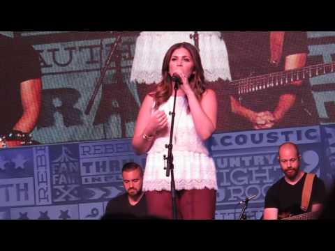 Hillary scott for Lady antebellum miscarriage how far along