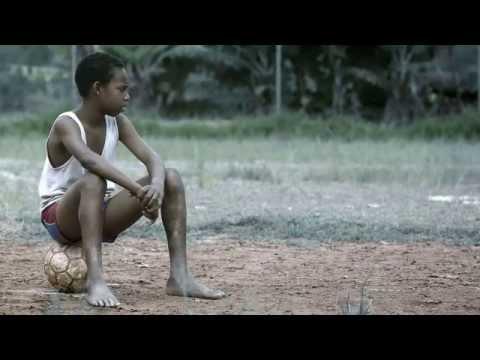 Baixar Emicida - Levanta e Anda (clipe oficial) part. Rael  (novo)