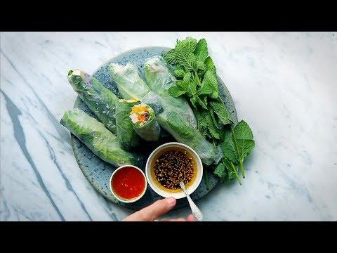 Asiatiska rullar på kylskåpsrester