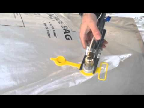 Dunnage Bag With Lockable Inflator