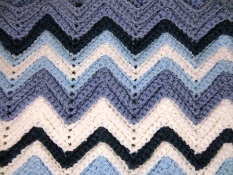 Häkeln lernen * Zickzackmuster für Babydecke * Ripple Stitch Blanket ...