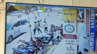 Girl kidnapped in daylight in Karnataka, CCTV footage goes..