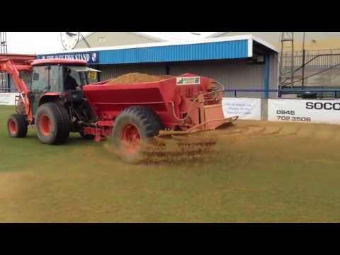 Sports Sand spreading at Wingate and Finchley FC