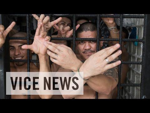 Inside El Salvador's Jails (Excerpt from 'Gangs of El Salvador')