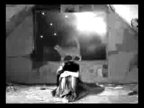 Krematoriy - Charmant minou (Крематорий - Сексуальная кошка) - VOSTFR