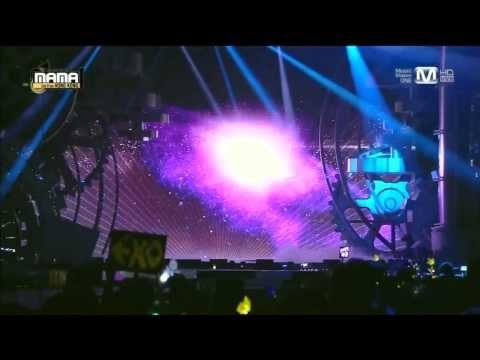 비(Rain) - 태양을 피하는 방법(How To Avoid The Sun) + It's Raining + Hip Song at 2013 MAMA