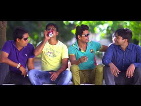 Hum-Tum-Movie-College-Song