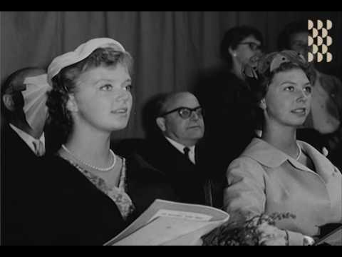 S:t Eriksmässan 1957 - Prinssessor på mannekänguppvisning