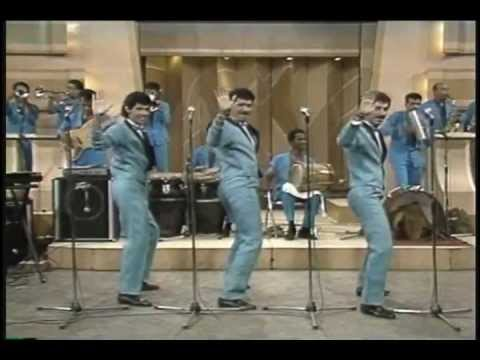 LOS KENTON (video 80's) Canta: Gabby - MERENGUE CLASICO