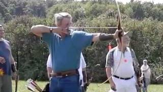 Longbow Champion, Dave Wallace, in slow motion