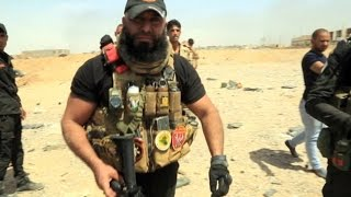 Meet Abu Azrael, 'Iraq's Rambo', the most reknown fighter in Iraq