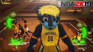 THIS MASCOT MADE MY 99 OVERALL SHARPSHOOTER UNSTOPPABLE! MY JUMPSHOT GETS STRAIGHT GREENS! -NBA 2K19
