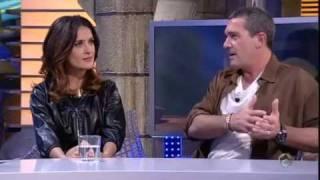 ANTONIO BANDERAS y Salma Hayek  se traen al gato con botas