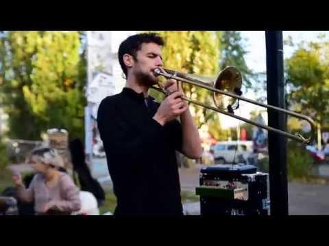 Amazing Live Trombone Tribal Lounge Music in Berlin. 16PROD