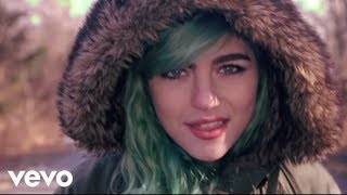 phoebe-ryan-ignition-do-you-mashup-official-video.jpg