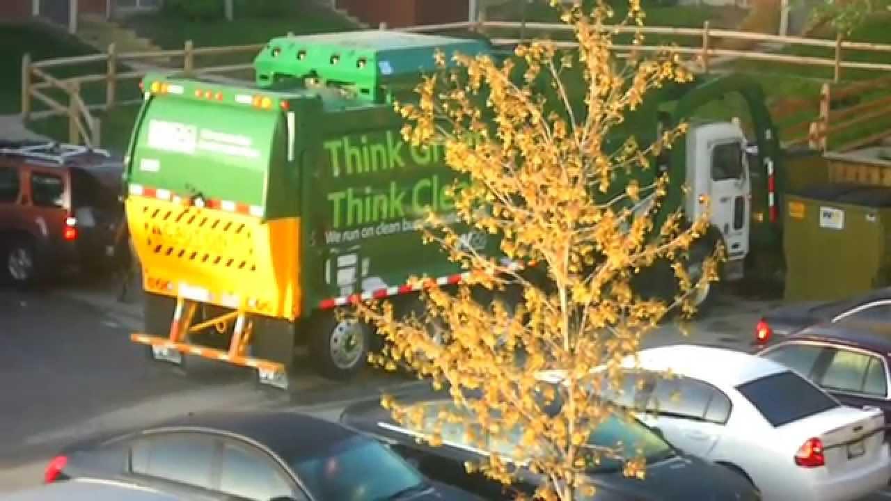 Fuel Near Me >> Waste Management: 2012 Peterbilt Garbage Truck (CNG ...