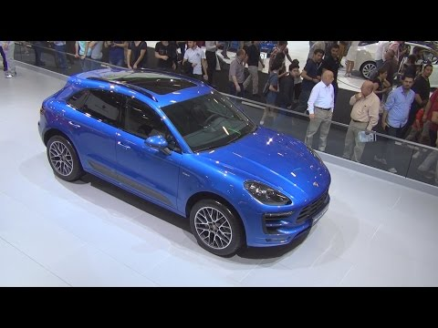 Porsche Macan S diesel (2015) Exterior and Interior in 3D