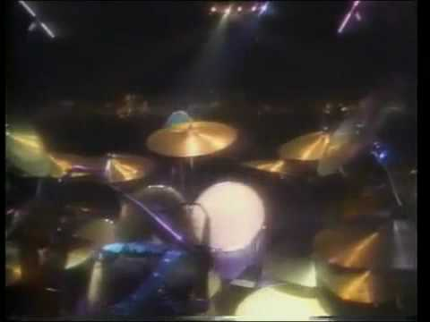 3-TWISTED SISTER-Under The Blade (Twisted Live 1984)