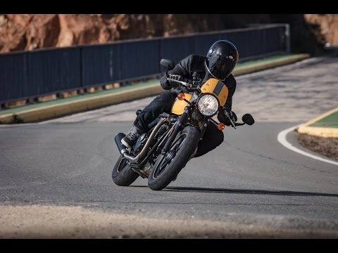 2017 Triumph Street Cup First Ride - Cycle News