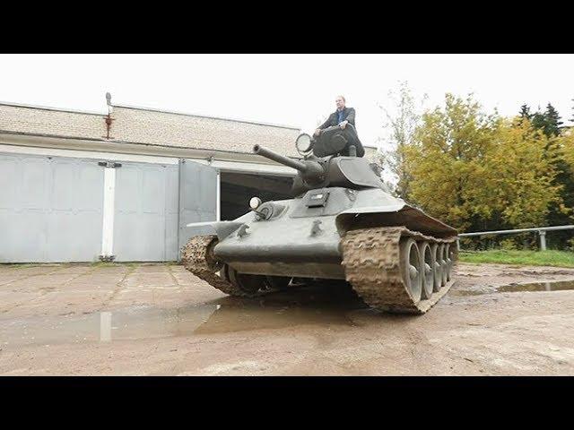 31 марта - принят на вооружение Красной Армии  легендарный танк Т-34