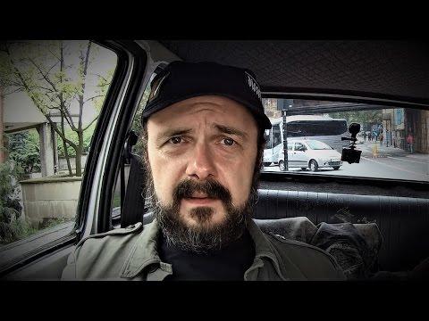 Mocny wywiad z Arkadiuszem Jakubikiem (Dr Misio) w Maluchu - odcinek #122 - [Duży w Maluchu]