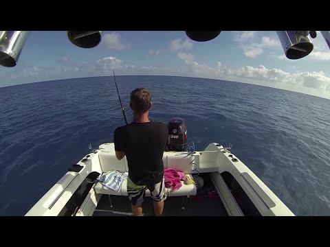 Light tackle black marlin fishing