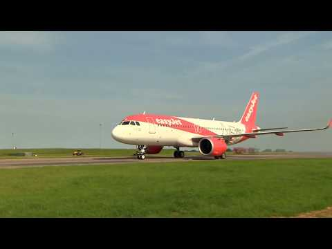 easyJet's first Airbus A320 Neo