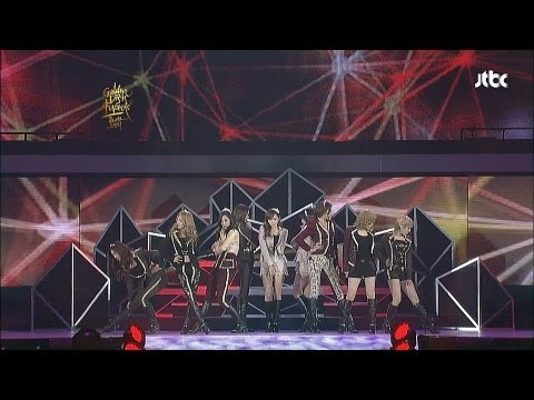 SNSD, Girls' Generation (소녀시대) - The boys [GDA/Golden Disk Awards]