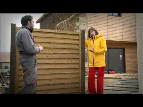 Pose d 39 crans de jardin en bois vid o bricolage gamma belgique musica movil for Palissade jardin gamma