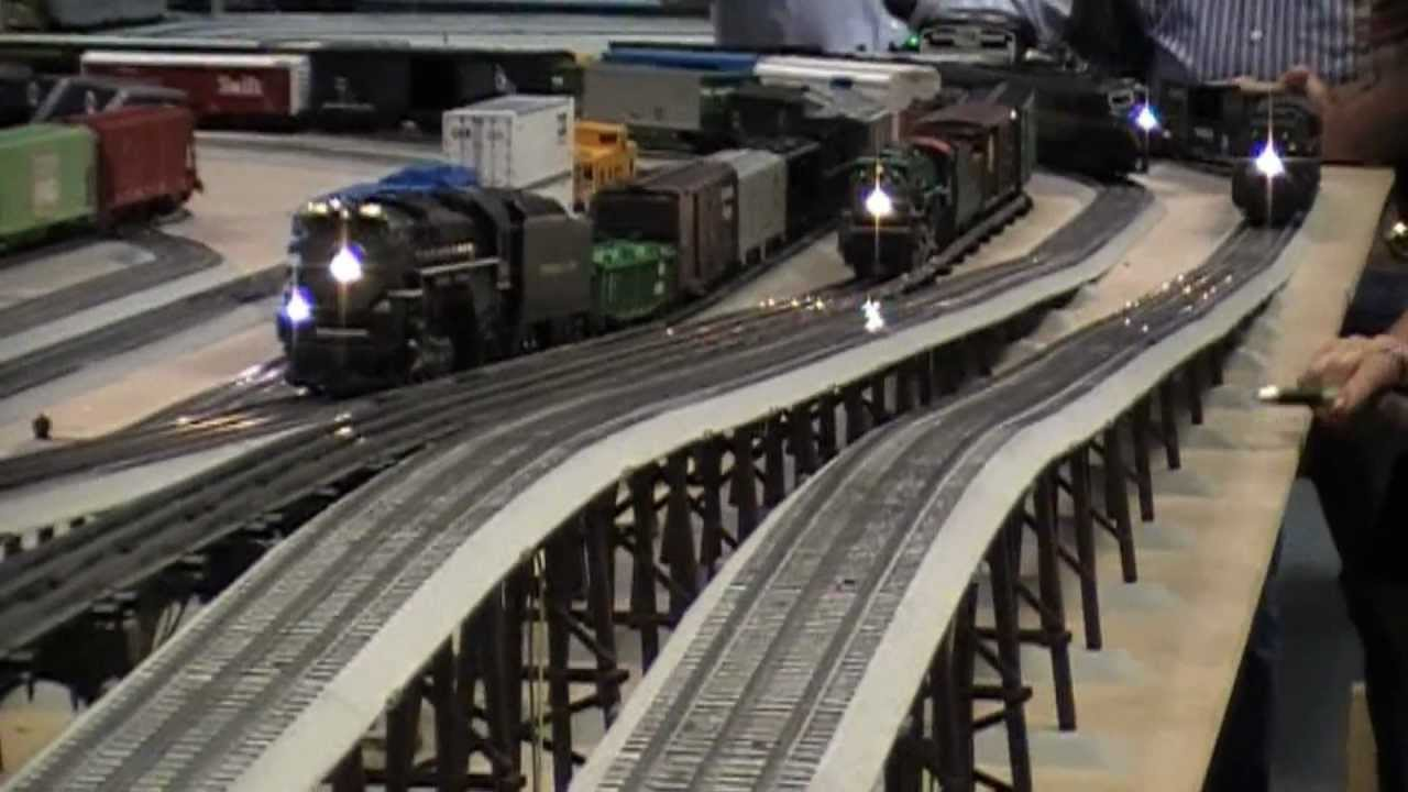 Lionel Trains Test Track Layout 08 18 2012 Youtube