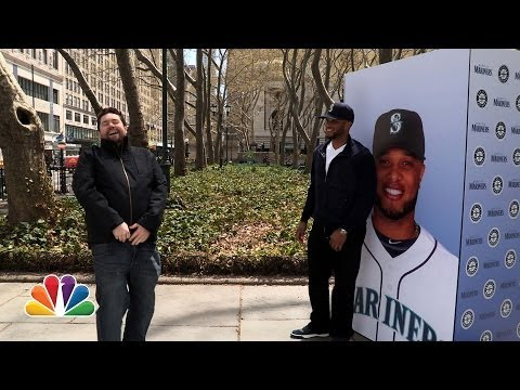 Robinson Cano Surprises Yankees Fans While They're Booing Him
