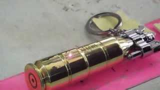 Hộp quẹt làm bằng vỏ đạn khắc tên theo yêu cầu