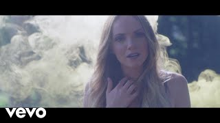 Danielle Bradbery - Hello Summer (Instant Grat Video)