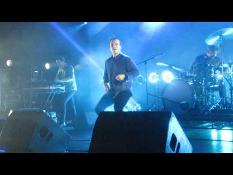 Future Islands at Bristol Crazy dancing lead singer Sam falls off stage! 3.5.17