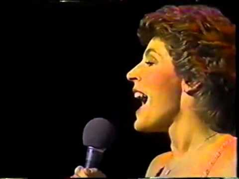 HELEN REDDY - I CAN'T SAY GOODBYE TO YOU (UPDATED) - MISS WORLD 1981