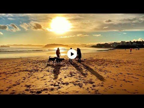 La vida en las playas del Sardinero un 1 de febrero