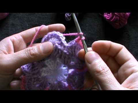 Granny square mattonella con fiore youtube