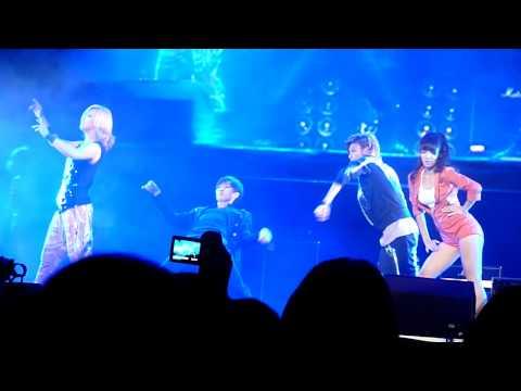 [SMTOWN 2010 - LA] DANCE BATTLE (ft. Taemin, Eunhyuk, Hyoyeon, Luna & more ^^) [100904]