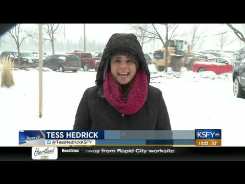 How to prevent injuries while shoveling - Medical Minute