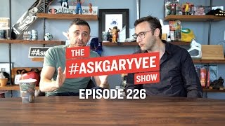 Simon Sinek, Your Why vs the Company's Why & Always Being Yourself   #AskGaryVee Episode 226