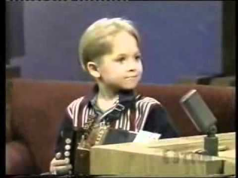 5 year old Hunter Hayes singing