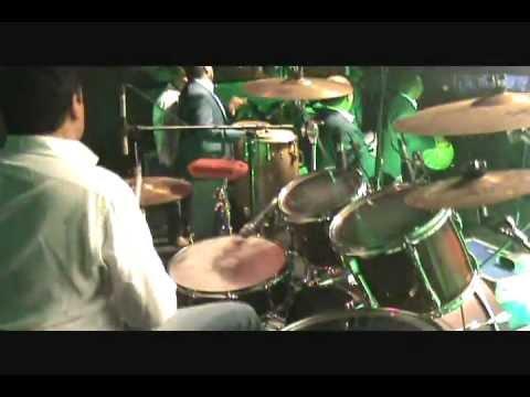 TROPICALISIMO APACHE -- CINCO DE THE -- EN VIVO !!!