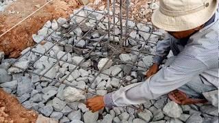 Các bước cơ bản khi xây nhà cấp 4  Phá đầu cọc   đổ beton chân trụ