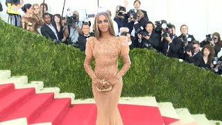 25 Eclectic Fashions From The Met Gala You Have To See