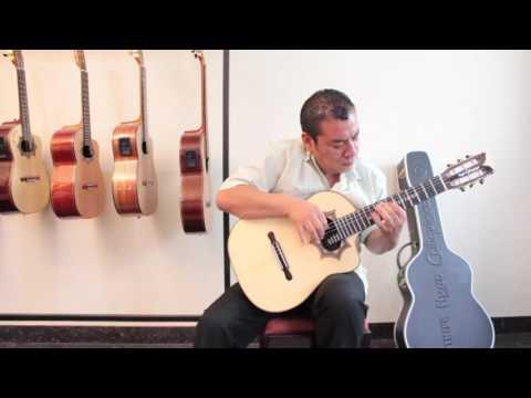 Requinto Hugo Chiliquinga Sicomoro - Marcelo Sánchez